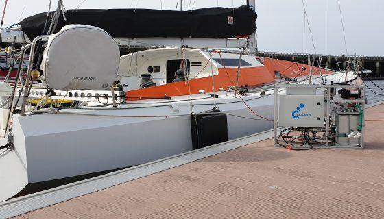 Le Class 40 affrété par Iodysséus au port du Château. Un voilier plus le Pack Ocean Race de SubCtech = un prototype de plate-forme océanographique.